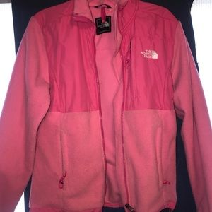 Women's North Face Jacket (Pink)